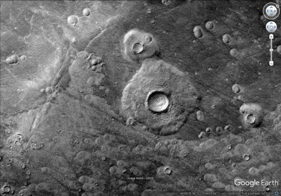 Mars - Knobby terrain east of Davies Crater