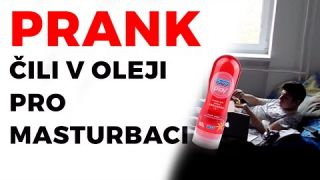 PRANK - Chilli v oleji pro masturbaci / Chilli in oil for masturbation